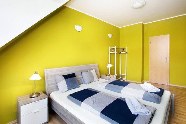Apartments and Penzion Jacob - фото 1
