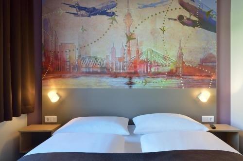 B&B Hotel Dusseldorf-Airport - фото 1
