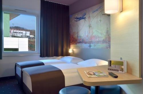 B&B Hotel Dusseldorf-Airport - фото 3