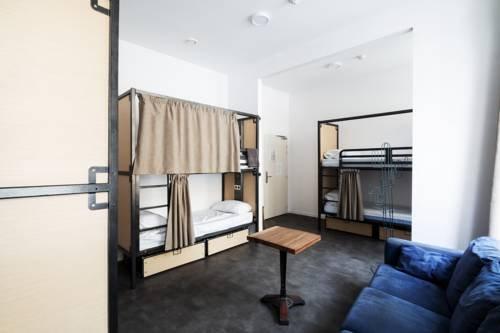 Gastama Hostel - фото 4