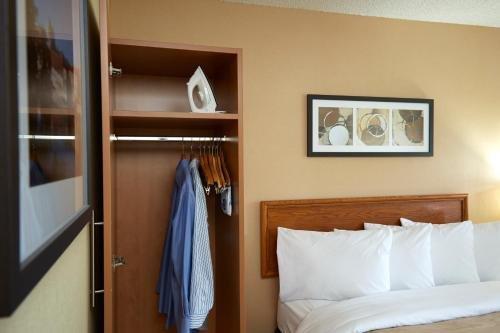 Comfort Inn Boucherville - фото 3