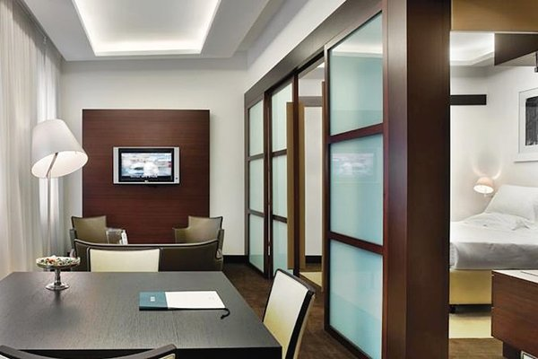 UNA Hotel Cusani - фото 17