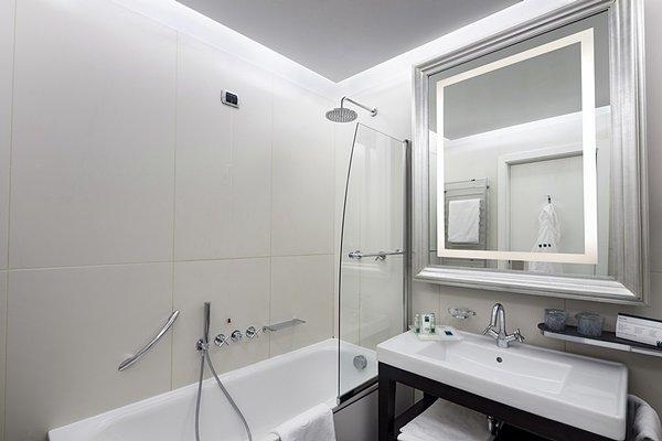 UNA Hotel Cusani - фото 7