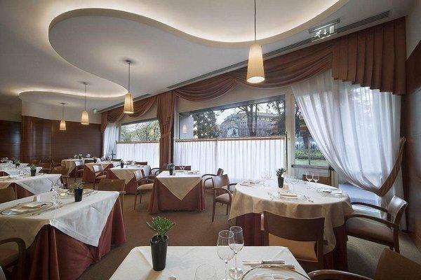 UNA Hotel Cusani - фото 9