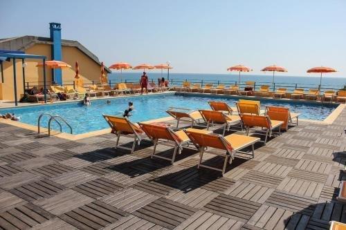 Grand Hotel Dei Cesari Dependance - фото 17