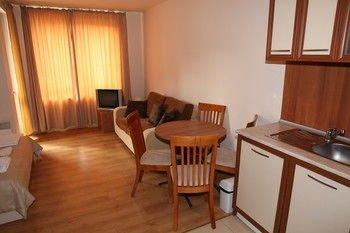 Panorama Apartments - фото 9