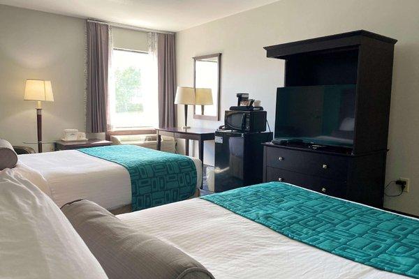 Howard Johnson Inn and Suites Miramichi - фото 1