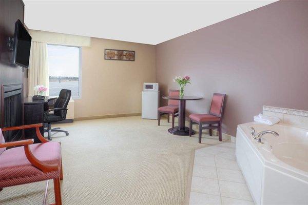 Howard Johnson Inn and Suites Miramichi - фото 11
