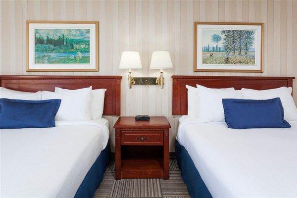 Howard Johnson Inn and Suites Miramichi - фото 2