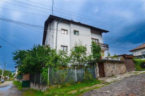 Topuzovi Guest House - фото 35