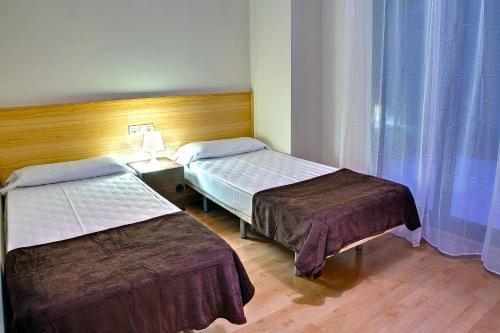Barcelona Apartment Villarroel - фото 4