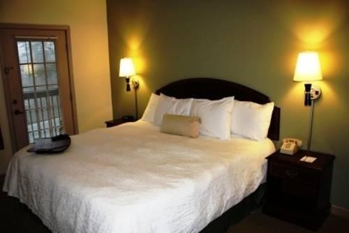 Photo of Highlands Inn Lodge