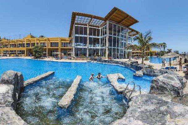 Гостиница «AMBAR BEACH», Хандиа