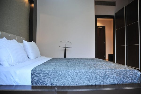 MonarC Hotel - фото 3