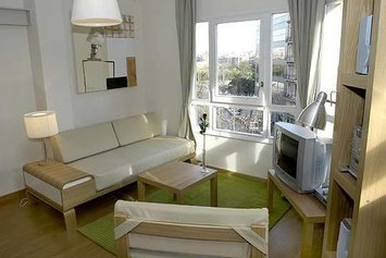 Rent4days Plaza España Apartments