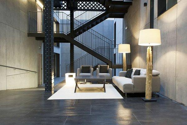 MH Apartments Barcelona - фото 2