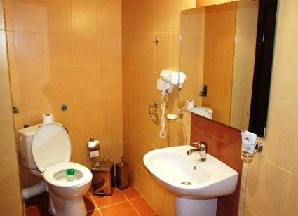 Lotos Hotel - фото 9