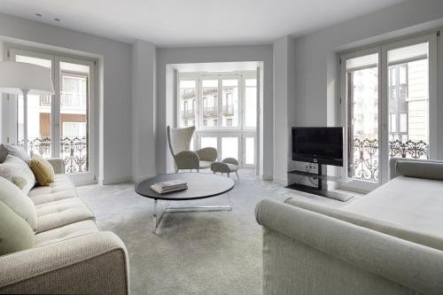 Easo Suite 7 Apartment by Feelfree Rentals - фото 18