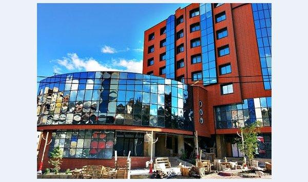 Гостиница «CRISTAL», Беджая