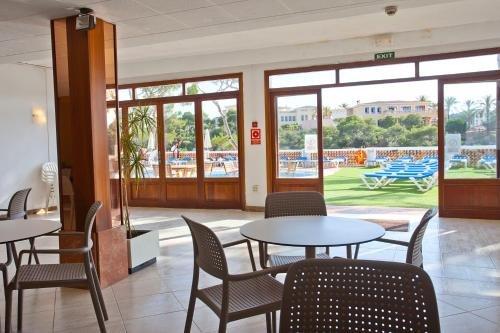 Hotel Cala Ferrera - фото 13