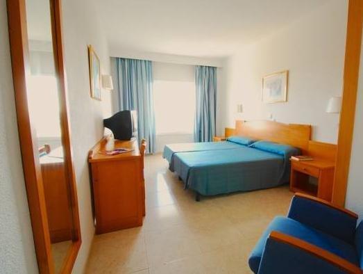 Hotel Cala Ferrera - фото 4