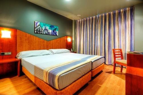 Hotel Palacio Valdes - фото 2