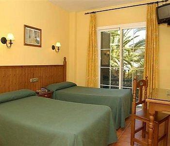 Hotel Plazoleta - фото 3