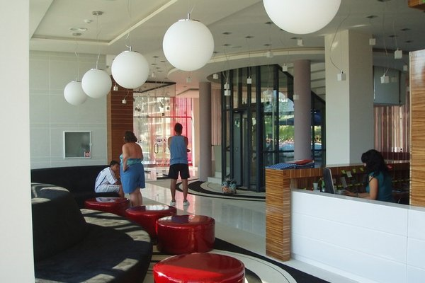 Riviera Blue Hotel - фото 14