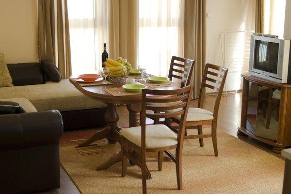 SB Rentals Apartments in Royal Dreams Complex - фото 10
