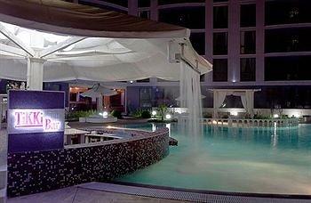 SB Rentals Apartments in Royal Dreams Complex - фото 15