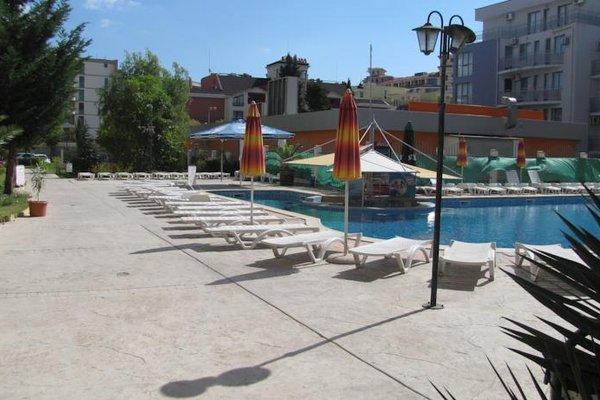 SB Rentals Apartments in Royal Dreams Complex - фото 20