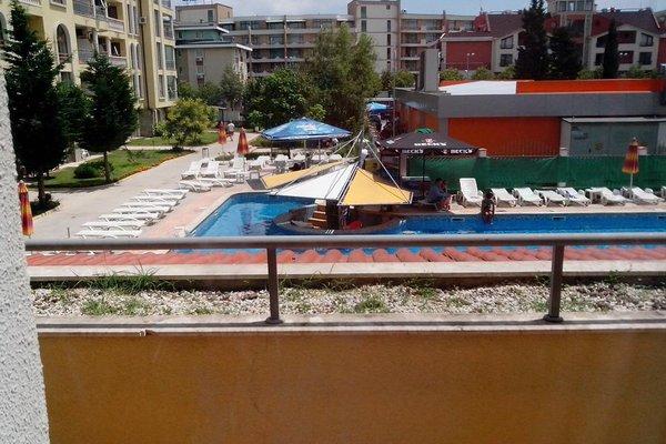 SB Rentals Apartments in Royal Dreams Complex - фото 21