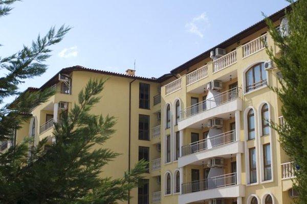 SB Rentals Apartments in Royal Dreams Complex - фото 22