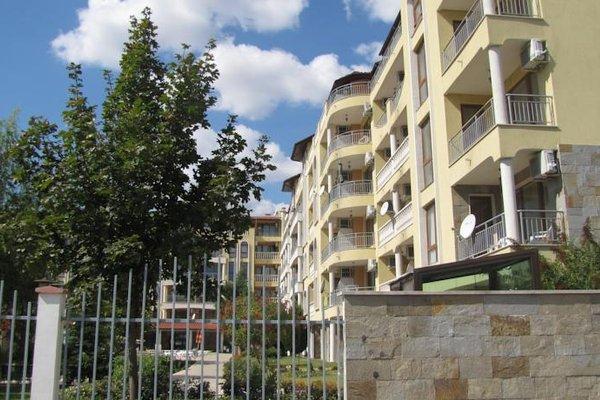 SB Rentals Apartments in Royal Dreams Complex - фото 23