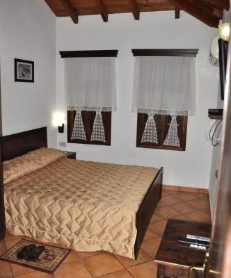 Hotel Guva Mangalem - фото 2