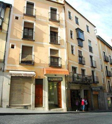 Hotel Domus Plaza Zocodover - фото 23