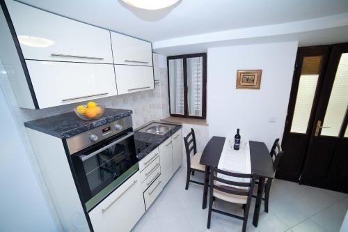 Buza Apartment - фото 13