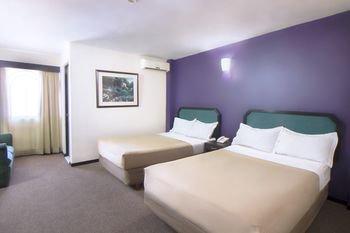 Hotel Santa Fe - фото 0