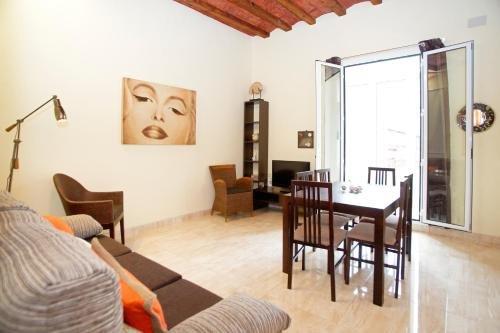 Bbarcelona Ramblas Apartment - фото 10