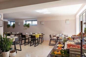 Vialeromadodici Rooms & Apartments - фото 12