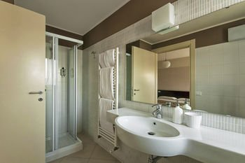 Vialeromadodici Rooms & Apartments - фото 7