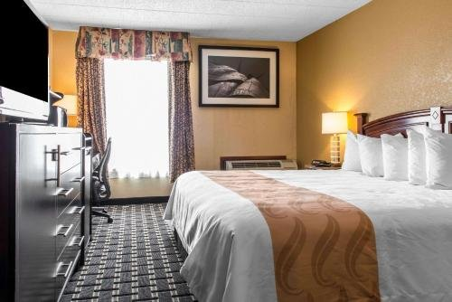 Photo of Quality Inn New Kensington