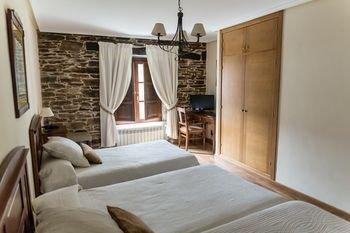 Hotel Ambasmestas - фото 1