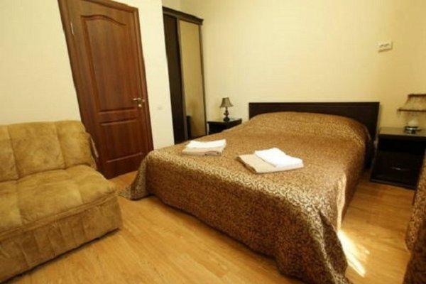 Отель Лион - фото 1