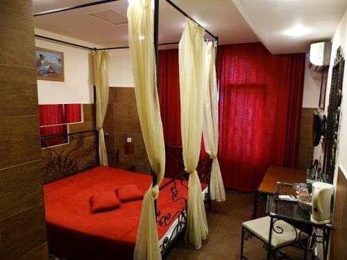 Paralax Hotel - фото 1