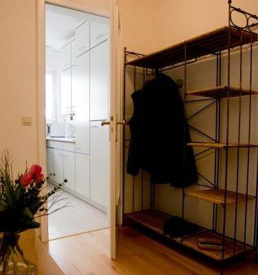 Maria-Viktoria Apartment - фото 13