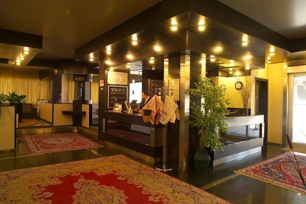 Hotel 7 Mari - фото 8