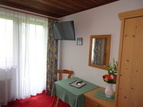 Alpenhotel Landhaus Kuchl - фото 4