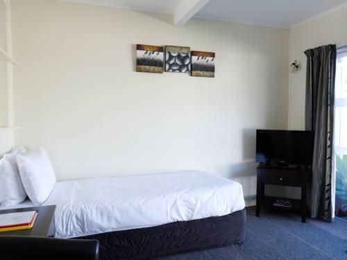 Tairua Shores Motel - фото 4