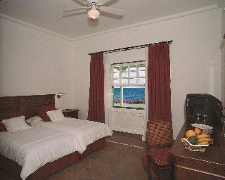 Hotel Casa Del Embajador - фото 1